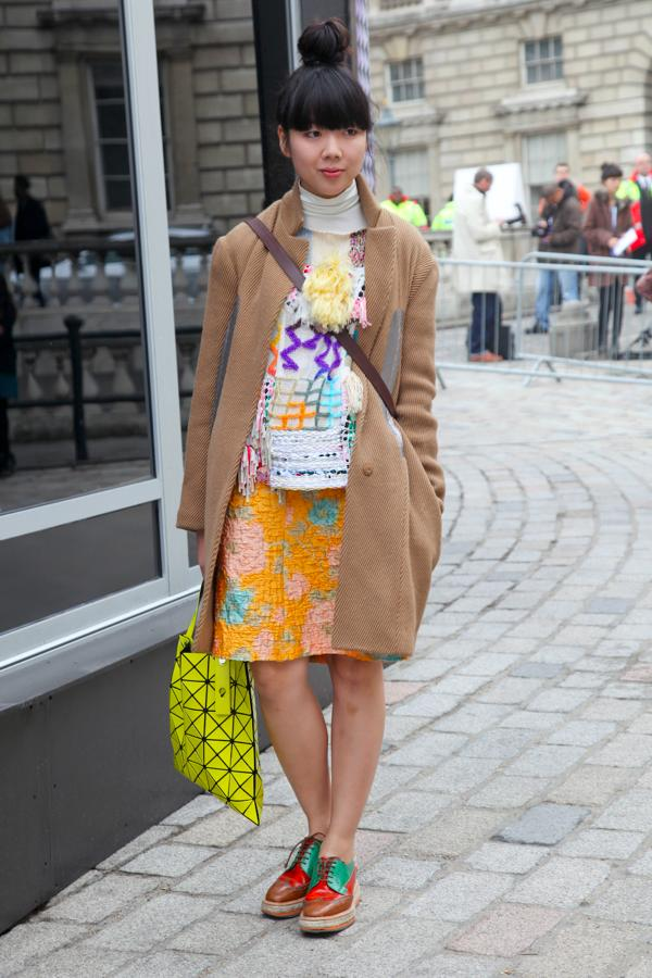 ... Name:Susanna Lau / Occupation:Style Bubble / Bag:BAO BAO ISSEY MIYAKE