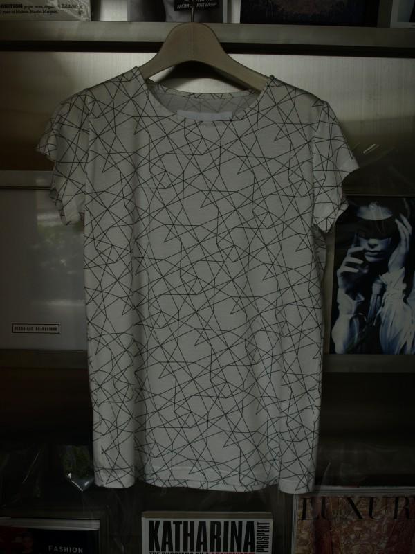 tomoumiono-graphic t-shirts wh01