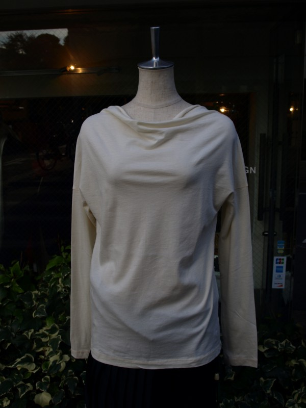 MILFOIL off neck ls