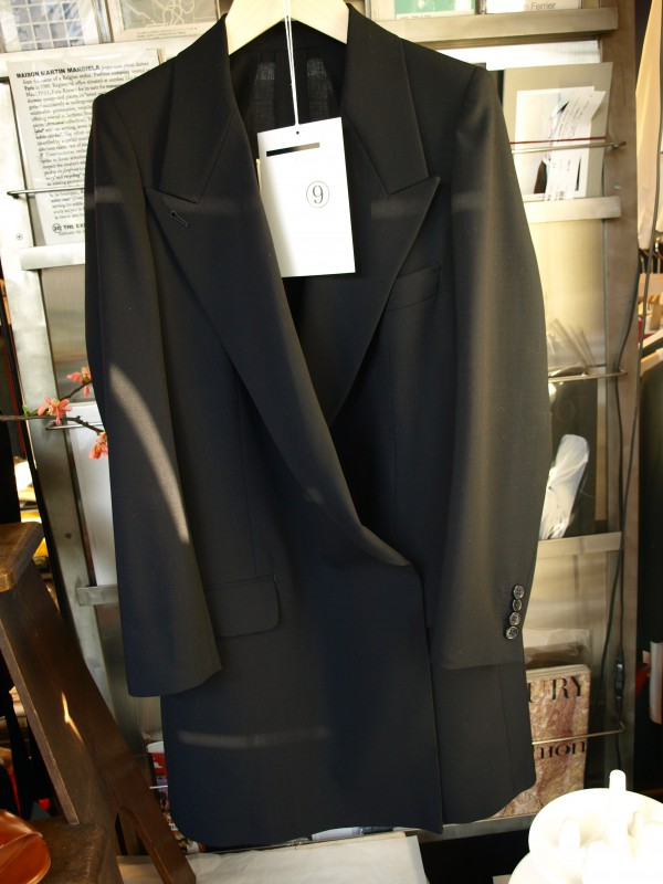 tomoumi ono no.9 navy coat